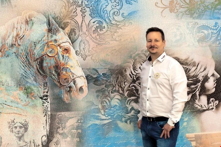 Toni Hamler, dekoraterski vizionar