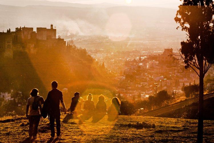 Granada a través de los ojos de 10 artistas