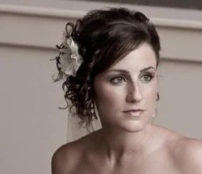 wedding hair style with flower