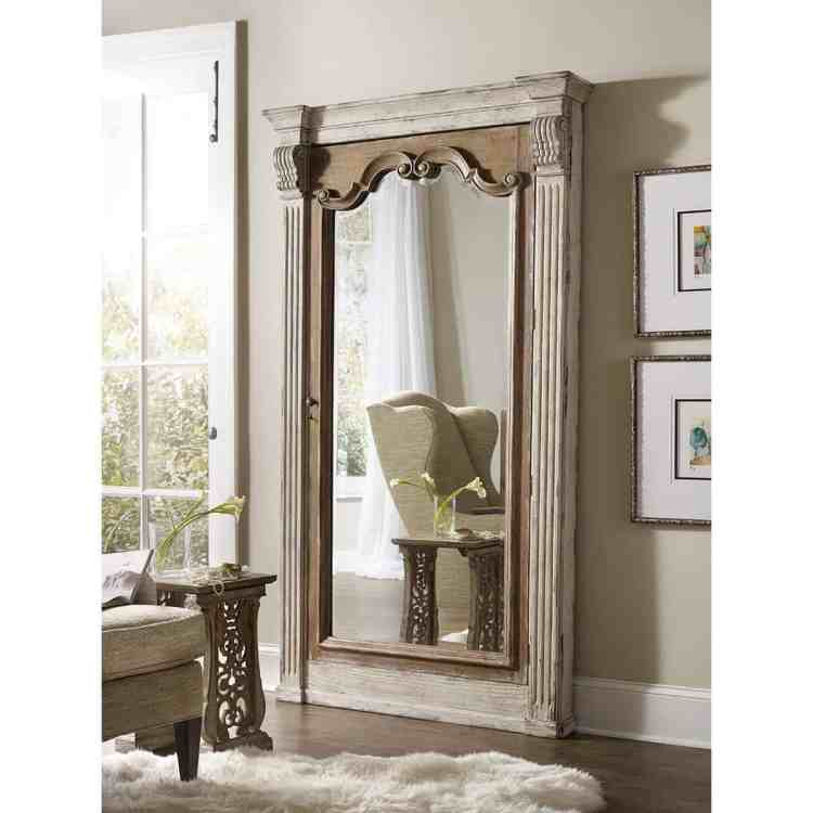 How to Decorate with Large Mirrors