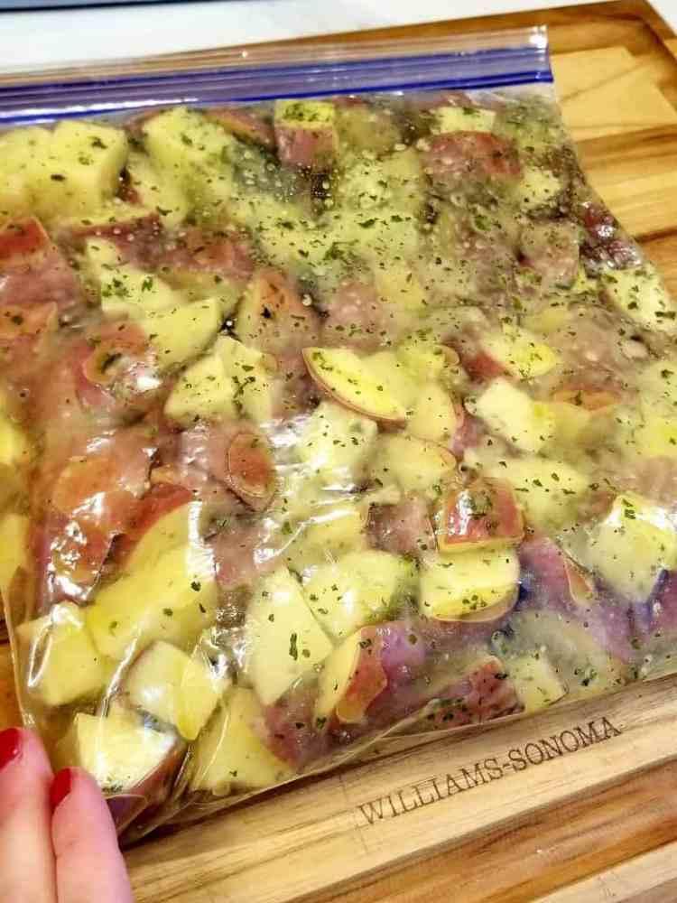 Crispy Roasted Garlic Potatoes