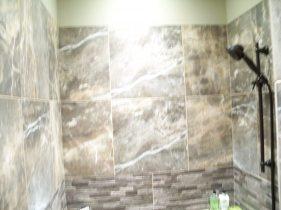 Mint L Master Bath Shower