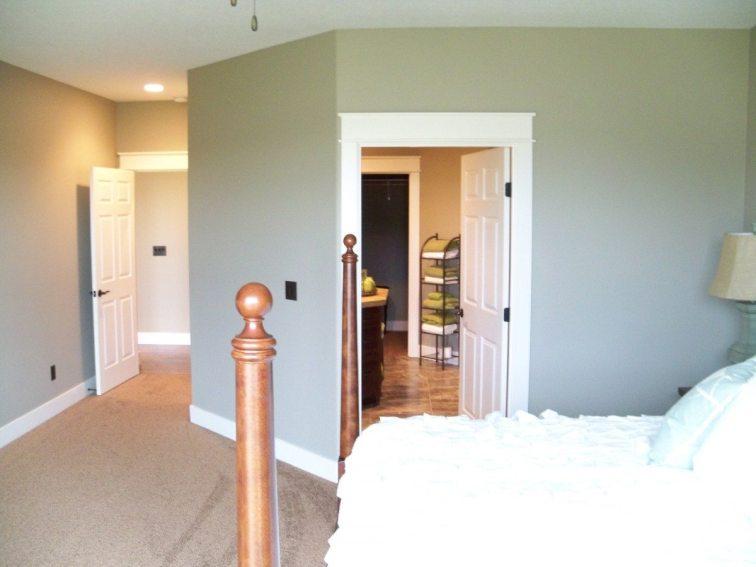 Mint Leaf Mstr-towards Bathroom