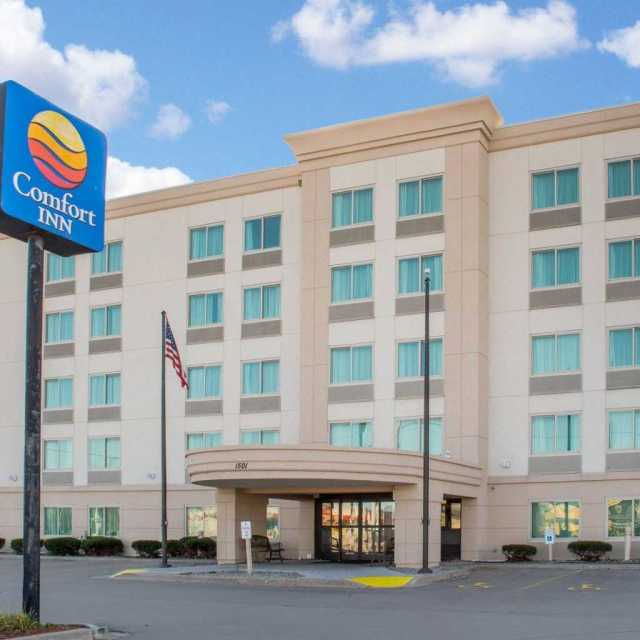 Comfort Inn & Suites – Rochester Niagara Falls NY