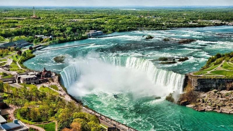 Niagara-Waterfall1
