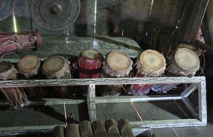 contoh alat musik tradisioana