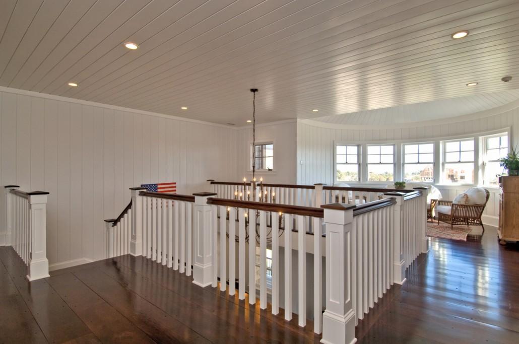 Grand Foyer Hamptons Habitat