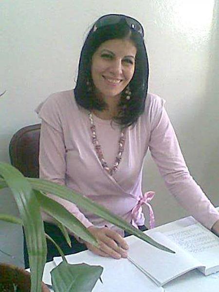 الشاعرة ريما الخضر-w450