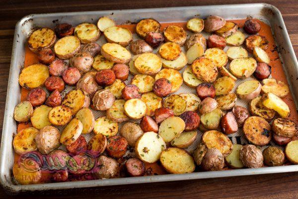 68661-roasted-potatoes-and-kielbasa-5-600x400