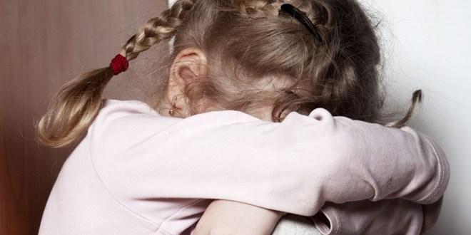 """صادم…أطفال قضوا أسبوعا مع جثة أمهم في المنزل اعتقادا منهم أنها """"نائمة"""""""