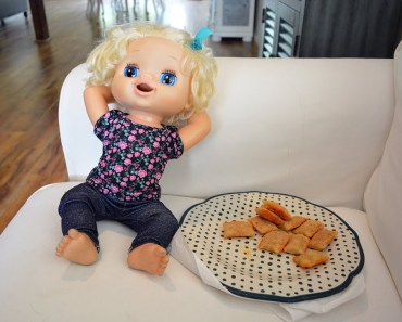 Baby Alive After School Routine! Snacks! Cartoons! Hamster! Homework! - baby alive videos - baby alive after school routine snacks cartoons hamster homework baby alive videos
