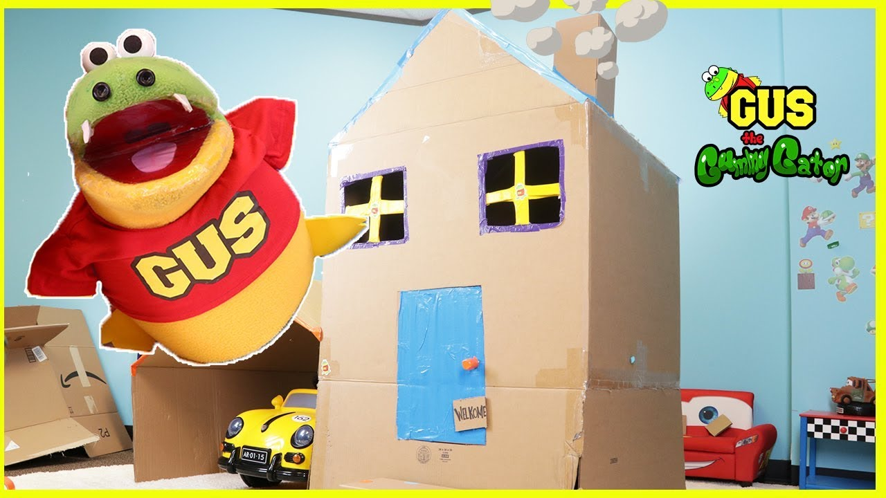 Box Fort Challenge Pretend Play! Building Giant Lego Toy Challenge and  First Pet Hamster Home