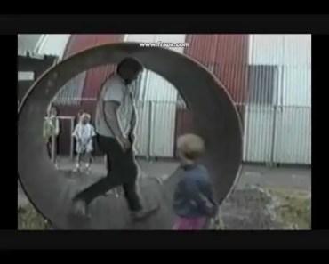 Girls Daddy in Hamster Wheel FAIL! Sn. 1 Ep. 2 Life's Funniest Moments 2003 - girls daddy in hamster wheel fail sn 1 ep 2 lifes funniest moments 2003