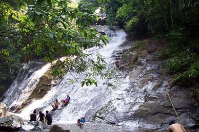 selangor_sungai_gabai_waterfalls
