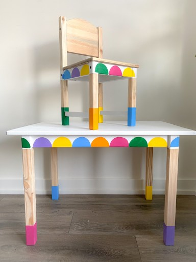 Ikea kids table and chair makeover by painting rainbow scallops and wood legs