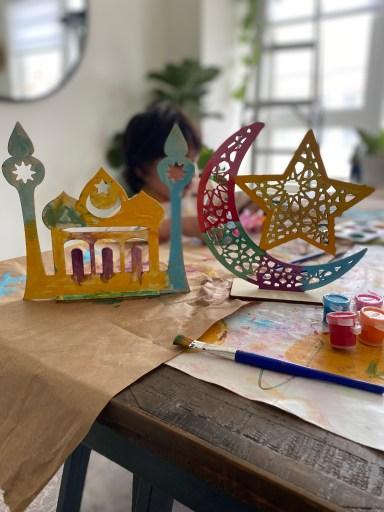 Kid painting Ramadan crafts