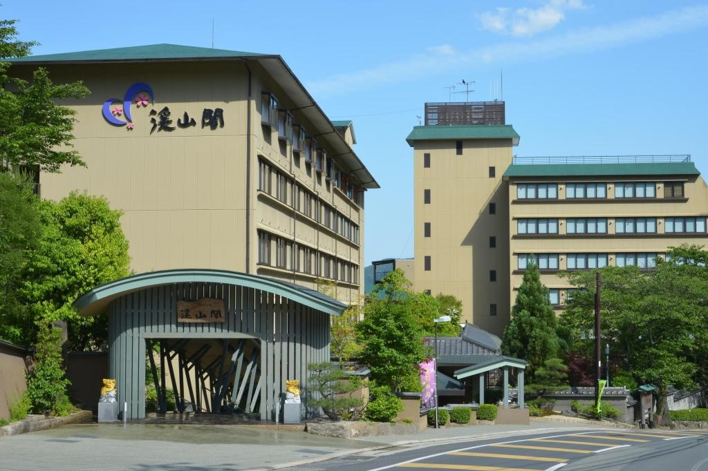 Keizankaku-exterior (A) (3.2)