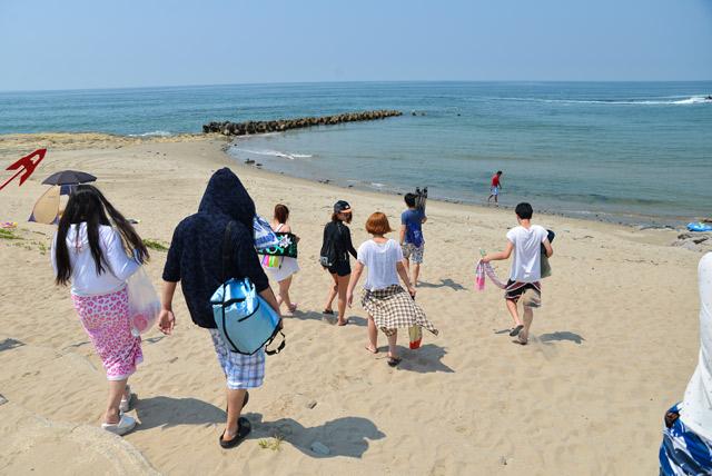 砂浜が熱い
