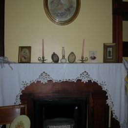 fireplace, Olive's rm