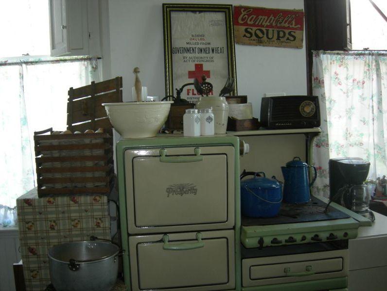 green stove, kitchen