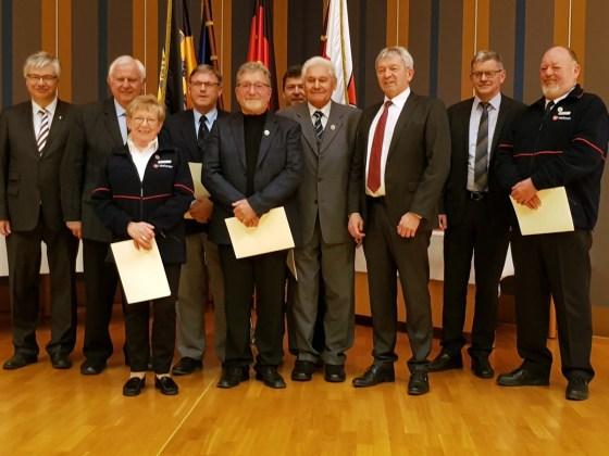 Ehrennadel für den 1. Vorsitzenden Günter Kolb