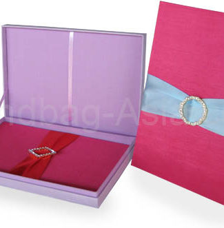 Elegant Wedding Invitation Box Set With Removable Pad Rhinestone Buckle