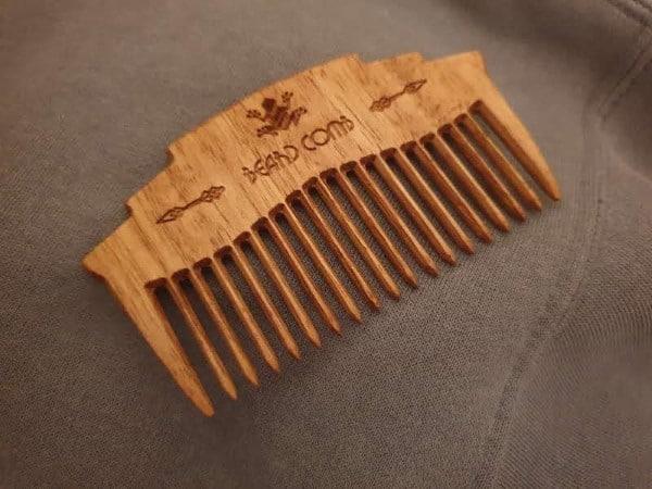 wooden-beard-comb--AustralianWorkshopCreations-mens-grooming