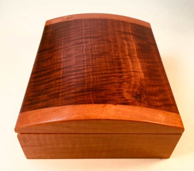 Red Gum Box Side View