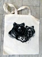 Kasse med björntryck
