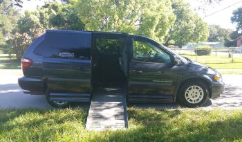 2007 Dodge Grand Caravan with Hand Controls and  6 Way Seat