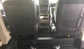 2015 Dodge Grand Caravan Side entry minivan full