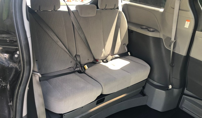 2017 Toyota Sienna Side Entry Wheelchair Van full