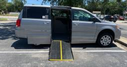 2017 DODGE GRAND CARAVAN SE SIDE ENTRY WHEELCHAIR VAN