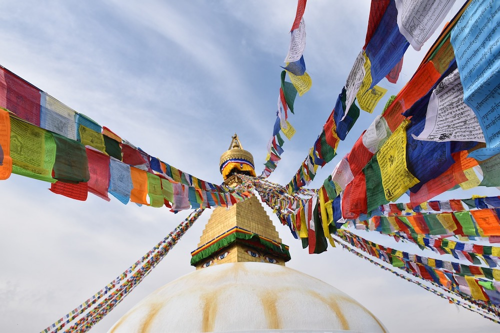 How to Hang Prayer Flags? 4