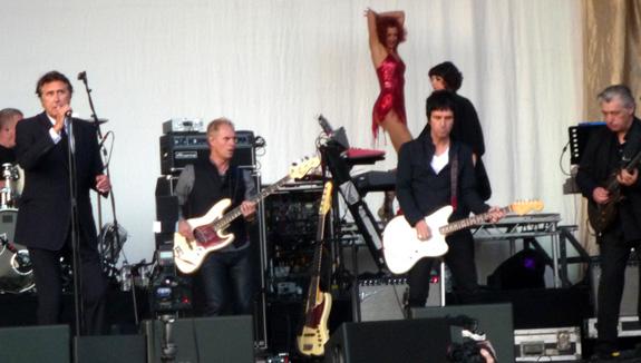 Bryan Ferry - Guilfest 2012
