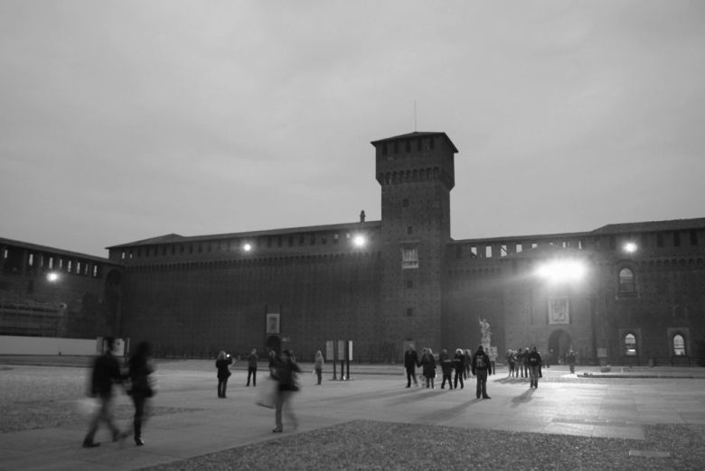 5 things to see when you visit Milan Duomo di Milano (Milan Cathedral) Galleria Vittorio Emanuele II Sforza Castle Parco Sempione Milan Architecture (10)