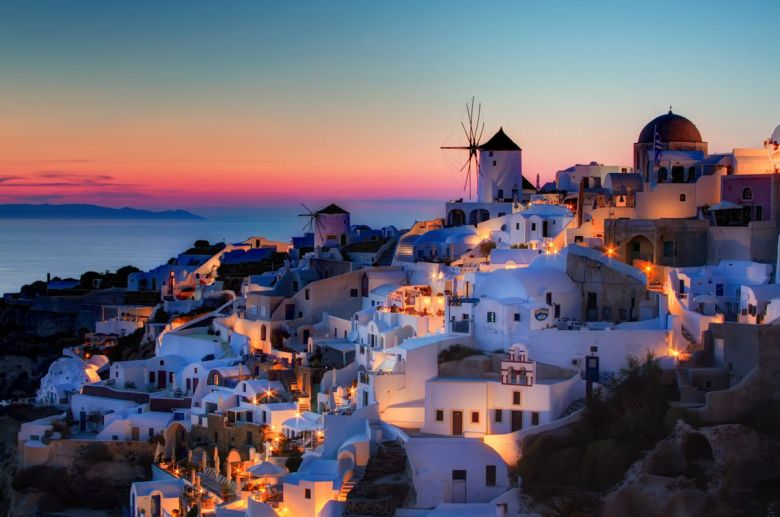 Future Travel: Santorini, Greece - Holiday on Hand Luggage Only (7)