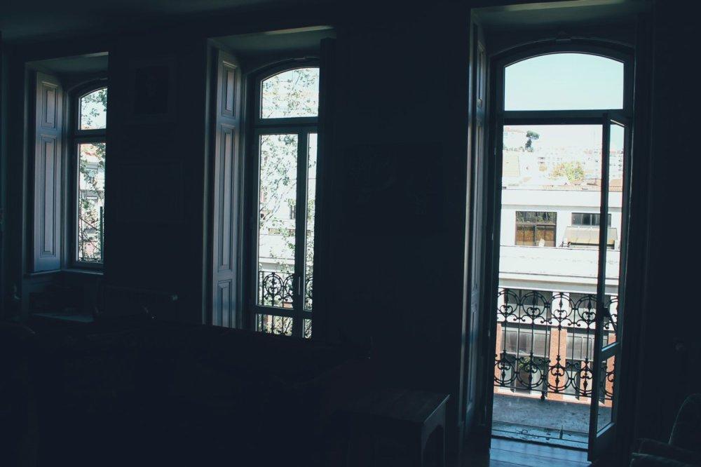 The Artist's Apartment... Lisbon, Portugal (8)