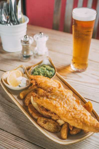 15 Tasty British Foods To Try In The UK (4)