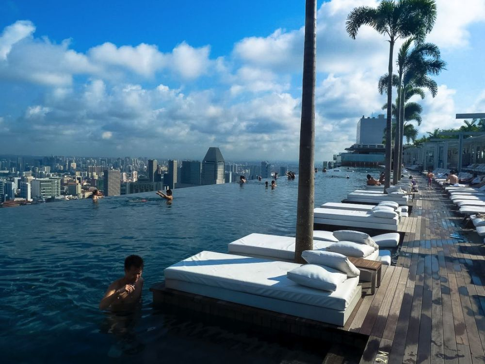 Marina Bay Sands Hotel Infinity Pool and Hotel Room Singapore (7)