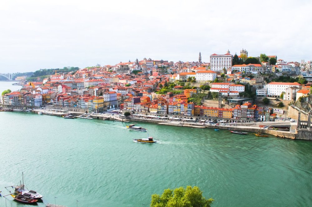 Wine with a view (oh, and some lunch too!)... in Porto, Portugal (4)