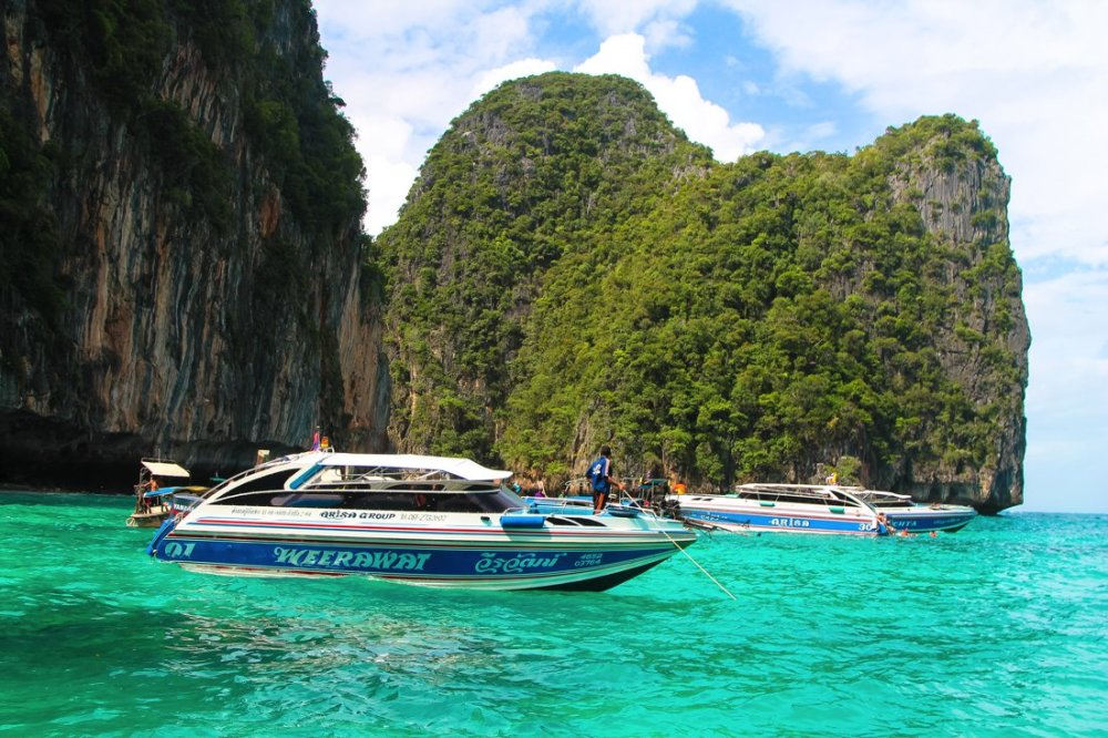 7 Places To Explore When You Visit Phi Phil Islands in Thailand! (11)