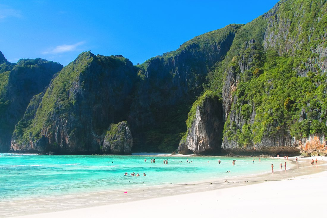 Maya Bay, Phi Phi Island, Thailand on Hand Luggage Only Blog (6)