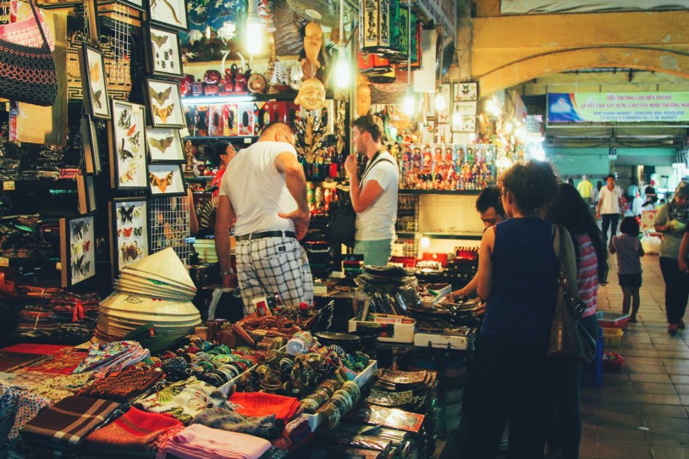 7 Tips To Help You Successfully Negotiate Bến Thành Market, Hồ Chí Minh City in Vietnam (3)