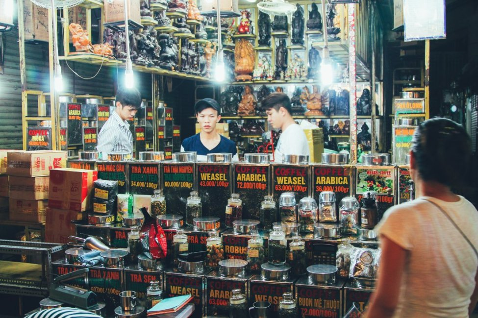 7 Tips To Help You Successfully Negotiate Bến Thành Market, Hồ Chí Minh City in Vietnam (10)