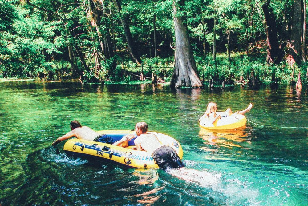 1 Thing You Have To Do In Florida! Tubing Down Ichetucknee River (3)