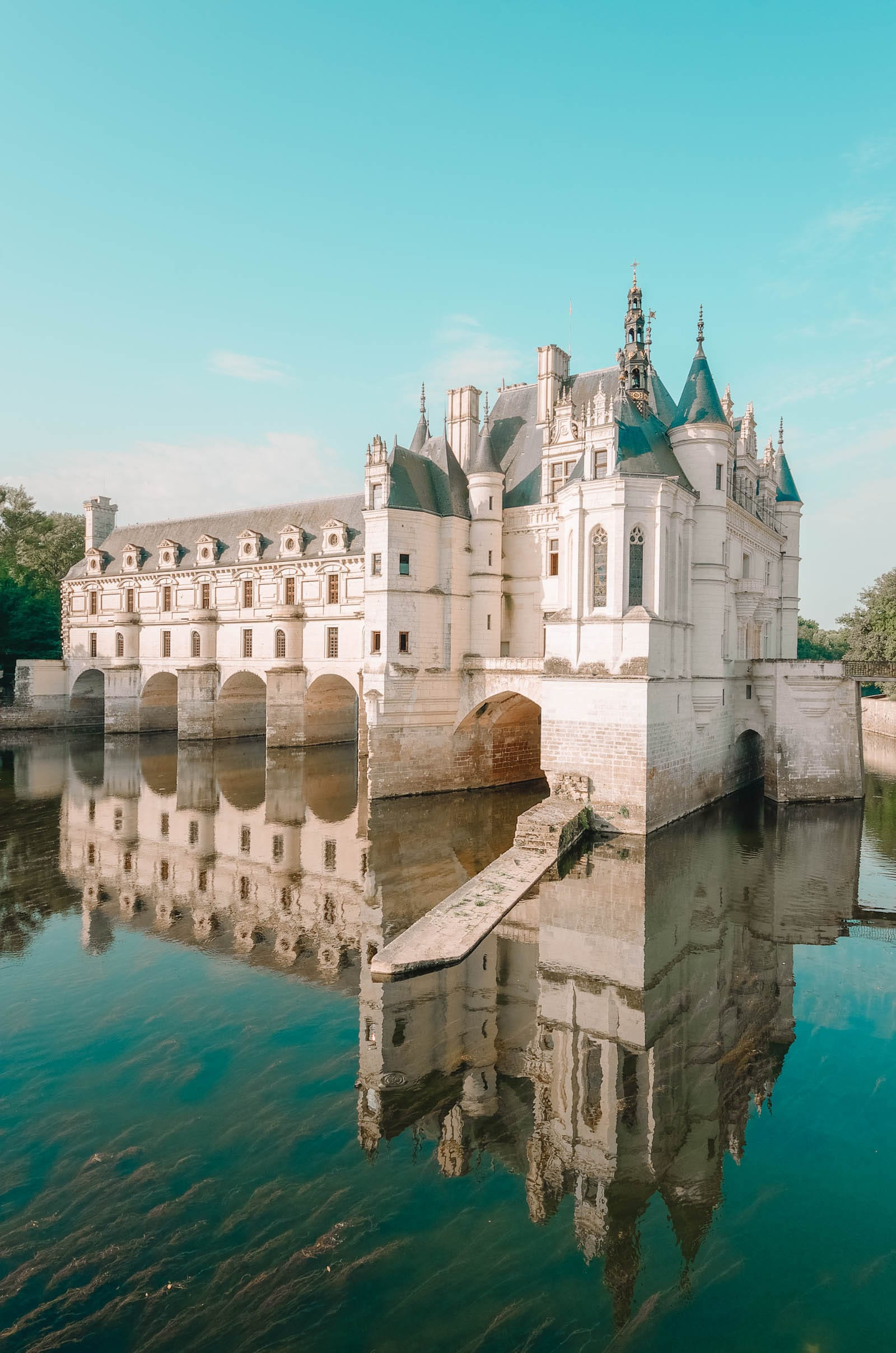 Pretty Castles In Europe To Visit (20)