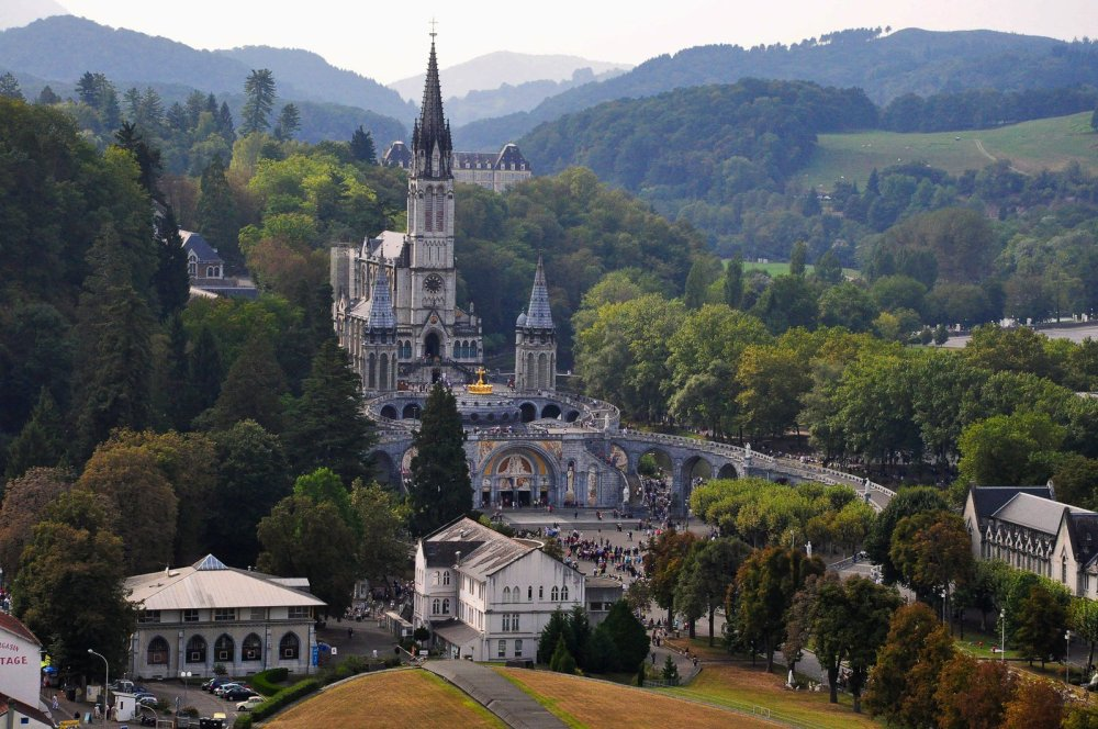 12 Places You Have To Visit In France And Why! (7)