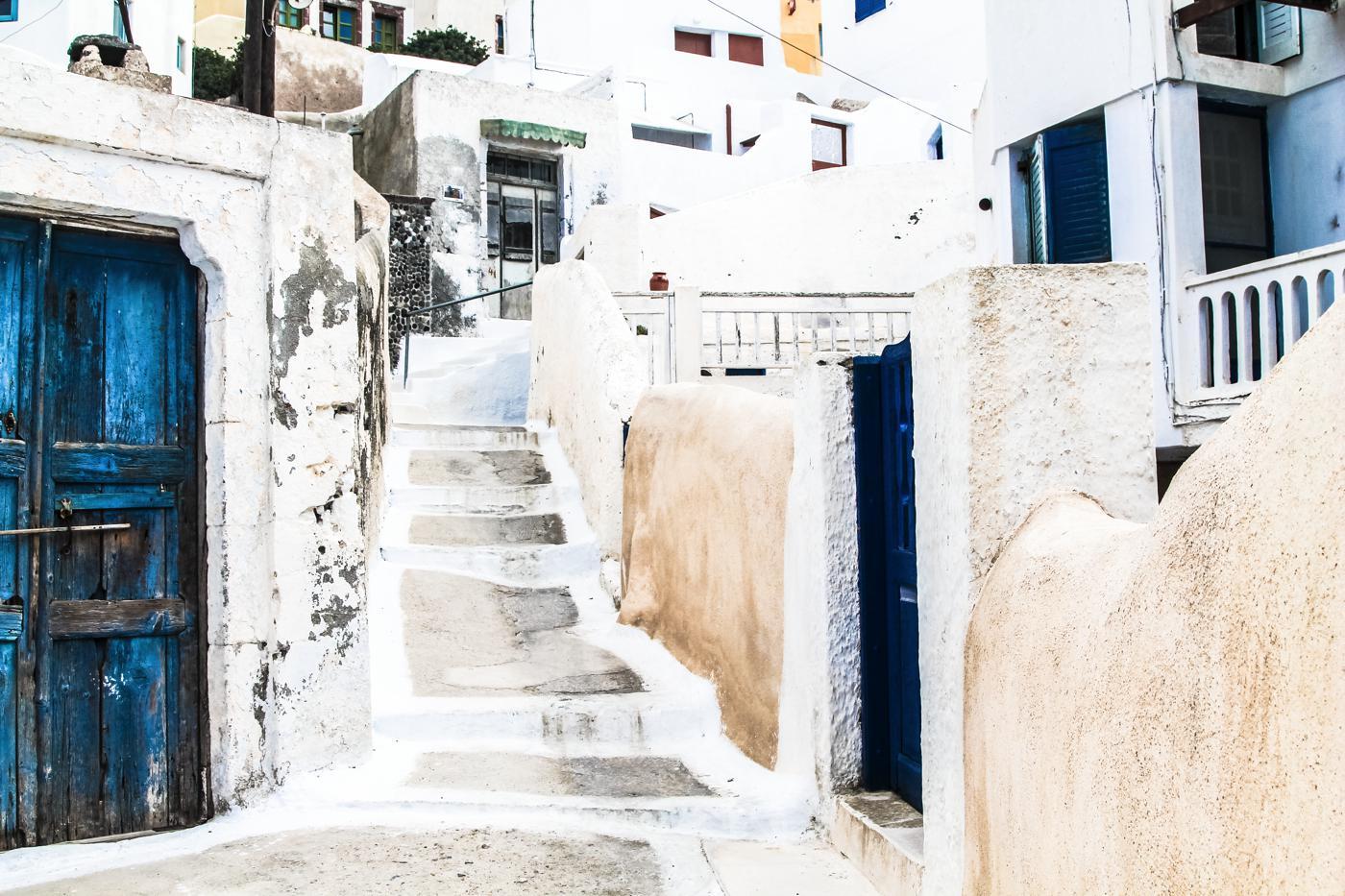 Going Off The Beaten Track in Santorini... (16)