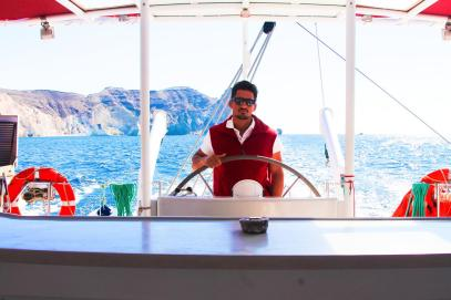 Things To Do When Sailing Around Santorini... (19)